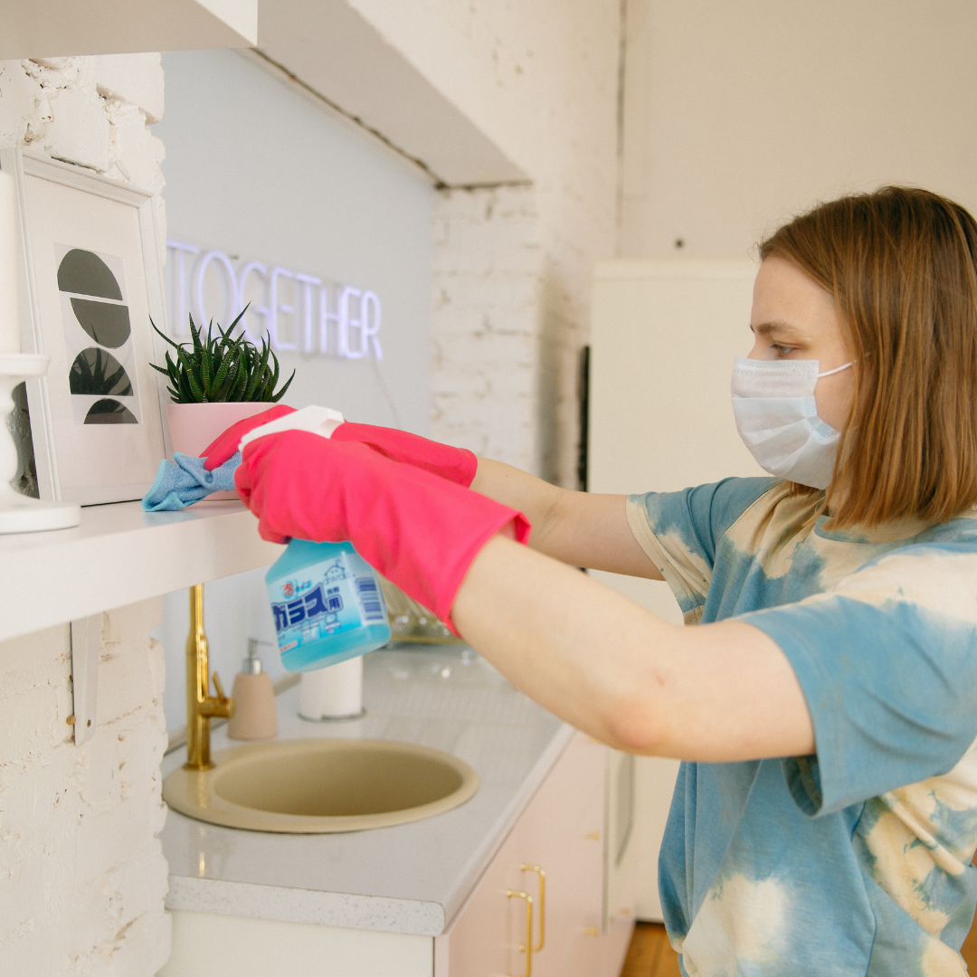 Simple Tips and Tricks to clean your house.